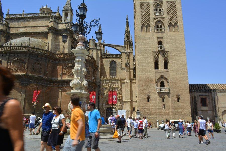 the Cathedral and La Giralda